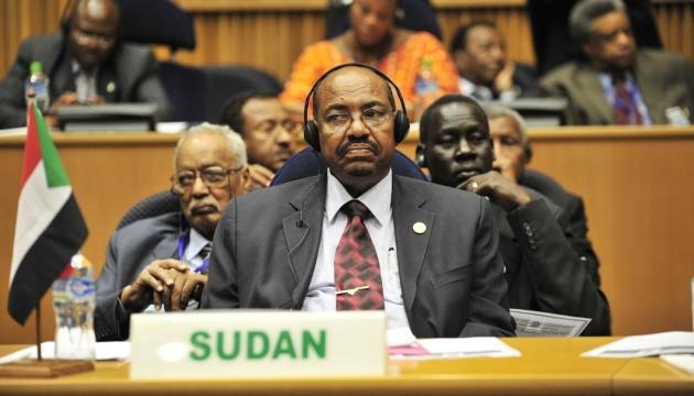 У Судані почали судити експрезидента за корупцію