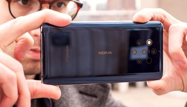 Випустили перший у світі смартфон із п'ятьма камерами
