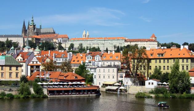 Посольство РФ у Чехії здає стороннім особам квартири, надані для дипломатів - ЗМІ