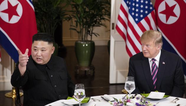 Трамп каже, що отримав нового листа від Кім Чен Ина