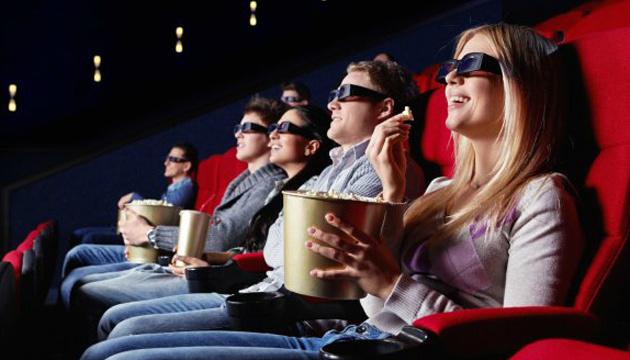 «Червона» Харківщина вирішила відкрити кінотеатри