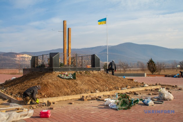 Реконструкція меморіального парку