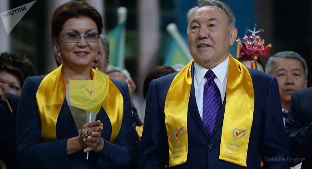Дарига Назарбаєва з батьком