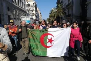 В Алжирі визначились із новою датою президентських виборів