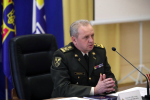 Russian-Ukrainian war can turn into full-scale conflict - Muzhenko