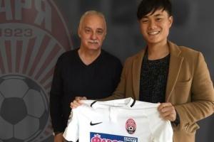 ルハンシクのサッカークラブ、日本の浦田樹選手と契約