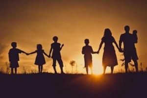 Кабмин изменил порядок выдачи удостоверений многодетным семьям