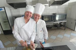 В Киеве безработных по-новому научили профессии повара