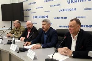 Письменники закликають українців відповідально обирати президента