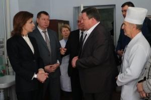 Марина Порошенко відвідала Дар'ївську амбулаторію на Херсонщині