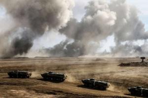 Le Kremlin démontre qu'il est prêt à toute intervention militaire en Ukraine