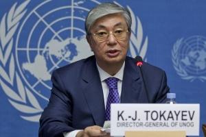 Президент Казахстану привітав Зеленського з перемогою на виборах