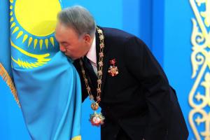 Отставка Назарбаева: незаменимых людей нет, но есть незаменяемые