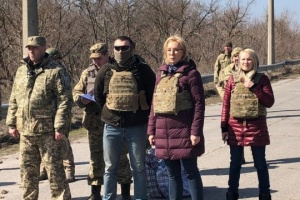 Sixty convicts transferred from occupied Donbas to government-controlled Ukraine. Photos
