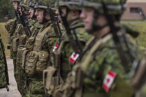Канада ще на два роки залишить війська в Іраку