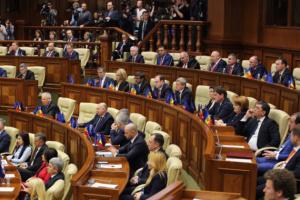 Новоизбранный парламент Молдовы начал работу