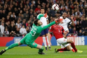 Евро-2020: Англия начала турнир с разгрома Чехии