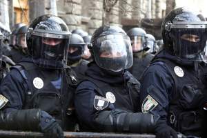 Центр Киева охраняют 1500 полицейских и нацгвардийцев