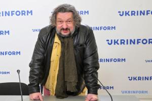 Влад Троицкий: «ГогольFest» в Мариуполе откроет балет портовых кранов
