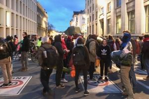 Климатические протесты: в Брюсселе активистам не разрешили палатки и спальники
