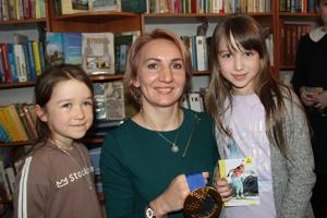 Олімпійська чемпіонка Підгрушна у Тернополі зустрілася з юними вболівальниками