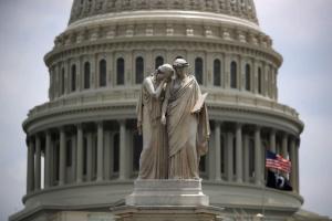 Українці США вважають слухання у Конгресі рекламою для України