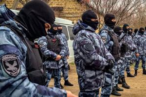 Під Судаком окупанти прийшли з новими обшуками до кримських татар