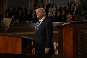 """Трамп хоче заборонити своєму раднику розповідати про """"російську справу"""""""