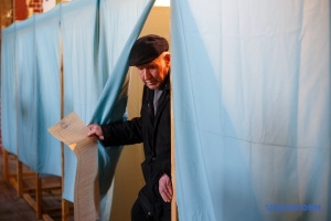 本日、ウクライナ大統領選挙決選投票