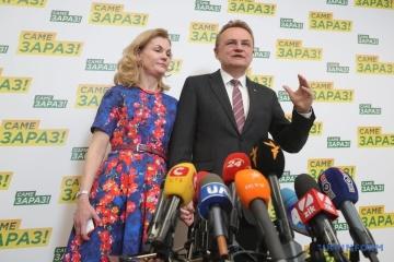 Sadovyi se retira de la carrera presidencial a favor de Grytsenko