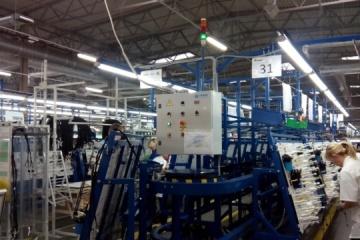MDEC: Ucrania produce el 75% de los arneses eléctricos para vehículos en toda Europa