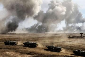 Kremlin demonstrating full readiness for military intervention in Ukraine
