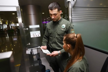 国境警備隊、クリミアを違法訪問したロシア俳優2名のウクライナ入国を拒否