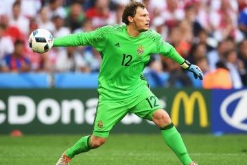 Pyatov se encuentra esta temporada entre los 5 mejores jugadores de las selecciones nacionales según la UEFA