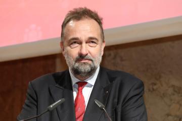 EU needs new policy on Ukraine with membership prospects - Karl von Habsburg