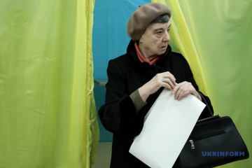 Over 5,000 voters from occupied Crimea temporary changed polling place