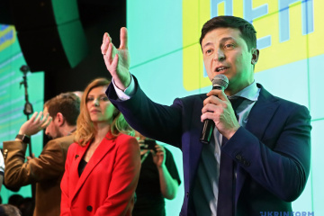 ゼレンシキー候補、最高会議解散につき「私たちに有利」