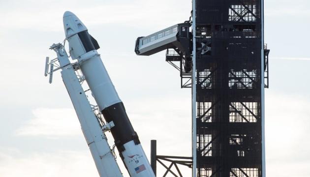 Запуск корабля Dragon компании SpaceX отложен до 30 апреля