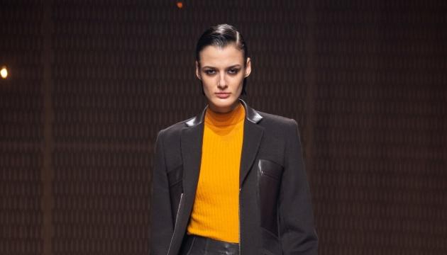 Українська модель Марфа взяла участь у шоу Hermès FW`19-20