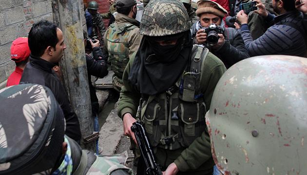Індійські силовики затримали в Кашмірі понад 4 тисячі осіб — ЗМІ