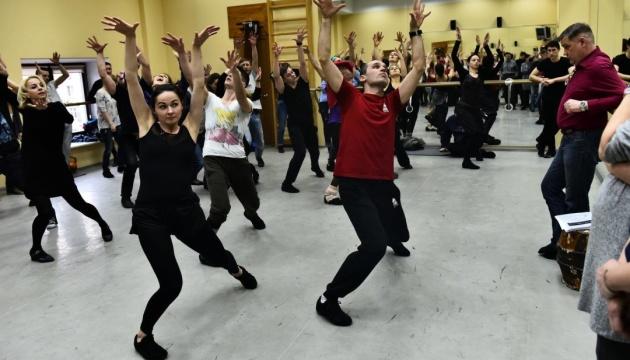 У київському Театрі оперети ставлять мюзикл про сімейку Аддамсів
