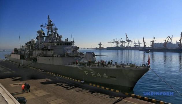 オデーサ港にトルコの艦船2隻が寄港