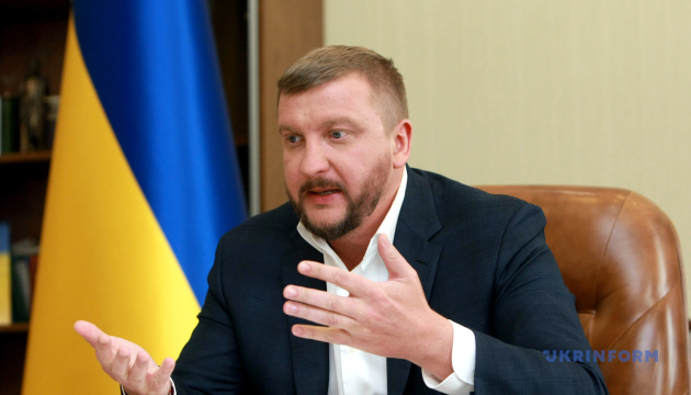 Украинские СМИ, транслирующие месседжи Кремля, подпадают под закон