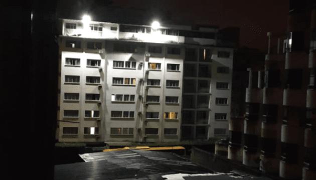Столиці Венесуели частково повернули світло