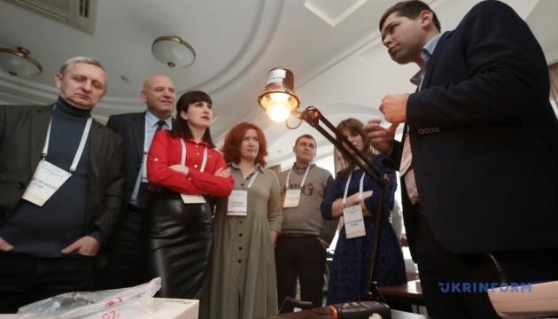 На Рівненщині ОТГ отримали обладнання, що забезпечить економію світла і тепла