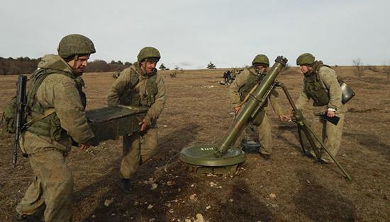 Росія проводить в окупованому Криму ракетно-артилерійські навчання