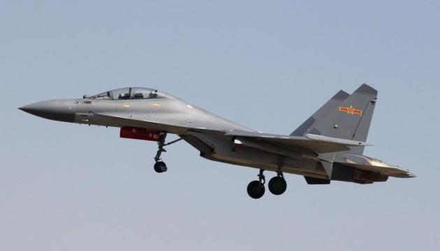У Китаї розбився військовий літак, є загиблі