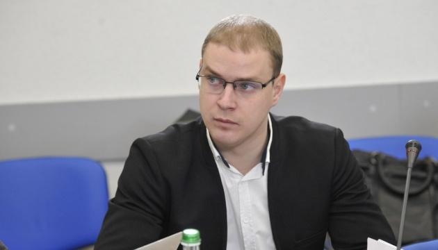 Кандидати в президенти маніпулюють низькою освіченістю українців — експерт