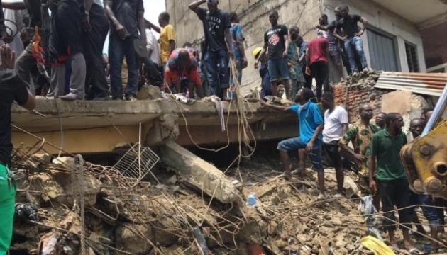 Восьмеро дітей загинули внаслідок обвалення будівлі школи у Нігерії