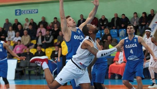 Баскетбол: «Черкаські Мавпи» вирвали перемогу у «Одеси»